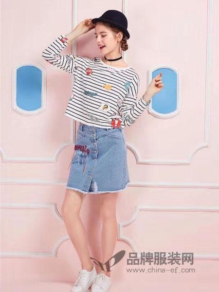 粤韵女装品牌2019春季印花棉质条纹T恤8