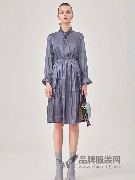 粵韻女裝品牌2019春季新品通勤喇叭袖百褶連衣裙