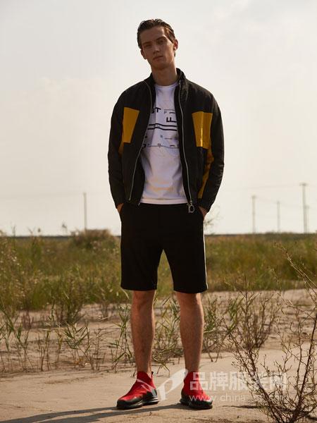1943S男装品牌2019春夏修身韩版免烫可脱卸帽时尚户外短风衣