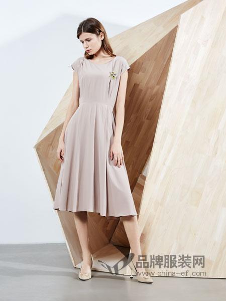 ECA女装品牌2019春季纯色慵懒风高腰连衣裙