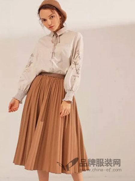 范可儿女装品牌2019春季清新百褶裙半身裙气质轻熟风百搭显瘦裙子