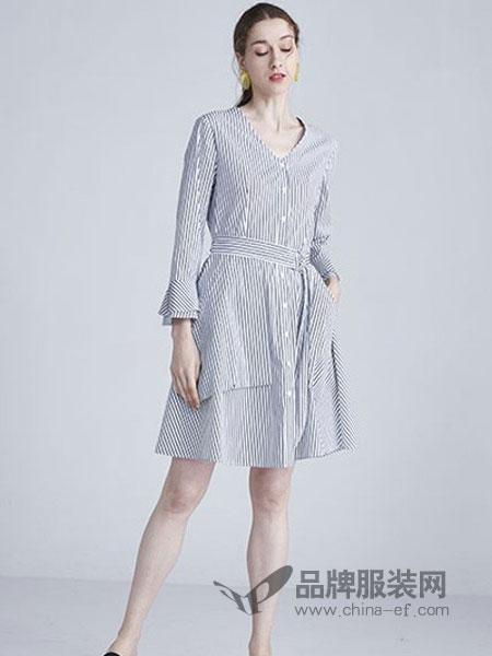 水淼女装品牌2019春夏新款V领竖条纹宽松显瘦连衣裙