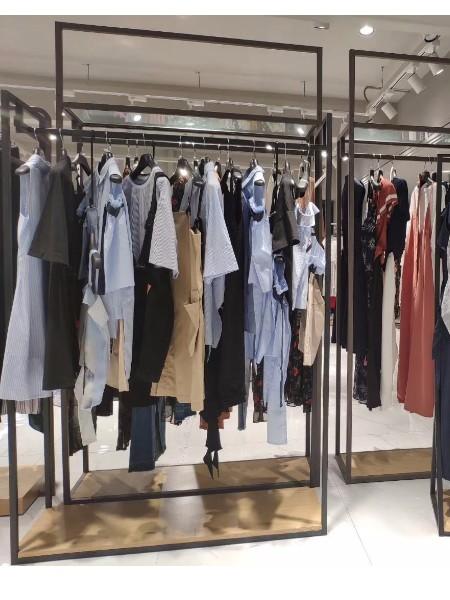太平鸟服装批发品牌2018夏季新品