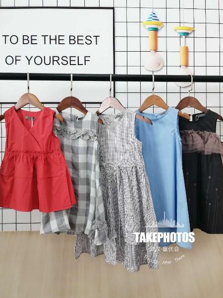 湖北汉正街童装品牌女童连衣裙公主裙品牌折扣童装货源批发