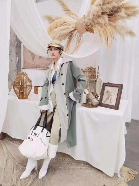 哈尔滨是南岗区卡宴妮女装折扣店折扣品牌品牌2019春夏新品