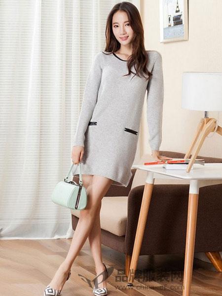俏艺女装品牌女装套头圆领长袖米色休闲长款针织衫