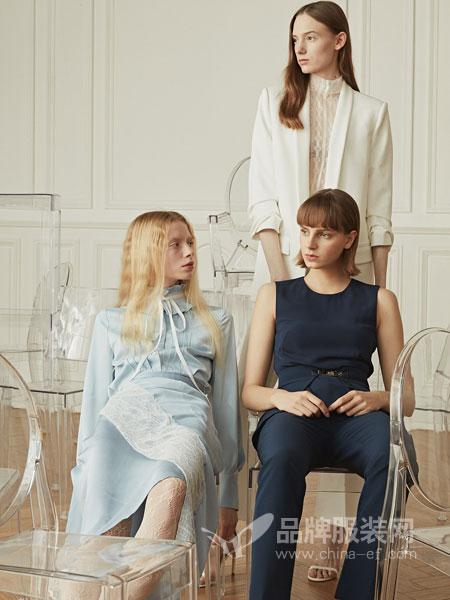 衣全球女装品牌2019春夏新款蕾丝拼接刺绣休闲连衣裙