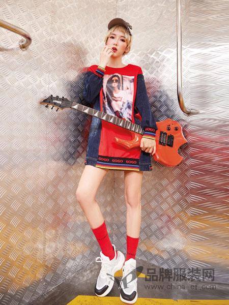 蜂后女装品牌2019春夏新款宽松中长款原创设计潮牌女装卫衣