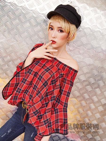 蜂后女装品牌2019春夏荷叶袖一字肩格子本布腰带A版两穿上衣