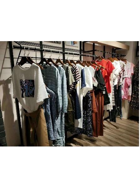 芝麻e柜女装品牌2019春夏新品