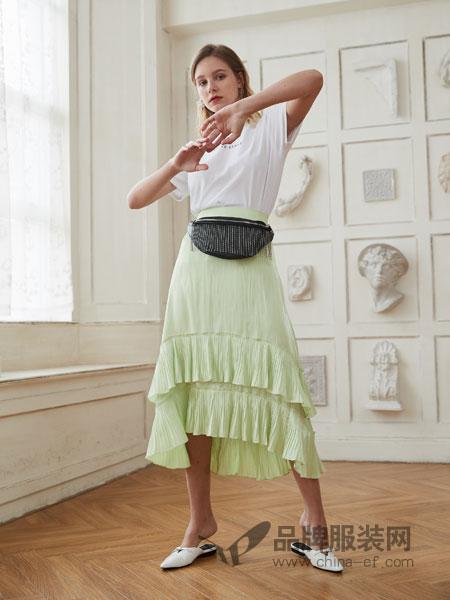 艾丽莎女装品牌2019春夏松紧腰显瘦气质百褶半身裙