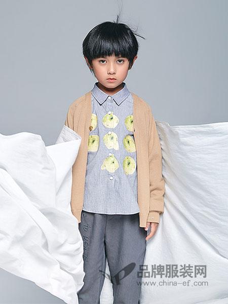 私品堂童装 - Sipintamn Kids童装品牌2019春夏纯棉衬衫复古百搭翻领衬衣印花长袖上衣