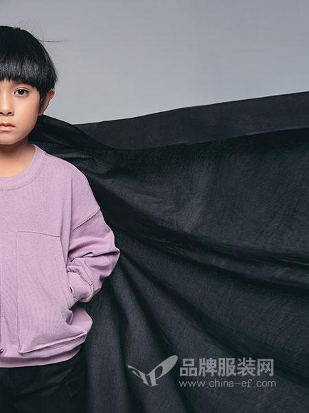 私品堂童装 - Sipintamn Kids童装品牌2019春夏 韩版字母印花长袖新款宽松百搭上衣