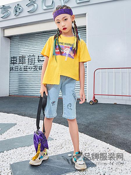 卡儿菲特童装品牌2019春夏新款宽松圆领印花短袖T恤