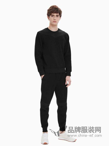 Calvin Klein休闲品牌2019春夏新款时尚拼接圆领套头运动套装