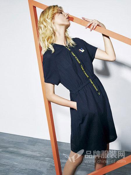BELLO SZ 淿素女装品牌2019春夏新款收腰小清新连衣裙