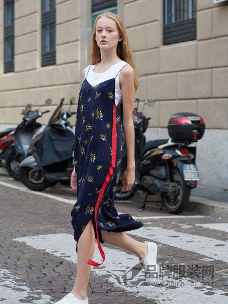 BELLO SZ �_素女装品牌2019春夏季新款背带碎花雪纺连衣裙中长款宽松显瘦无袖吊带裙