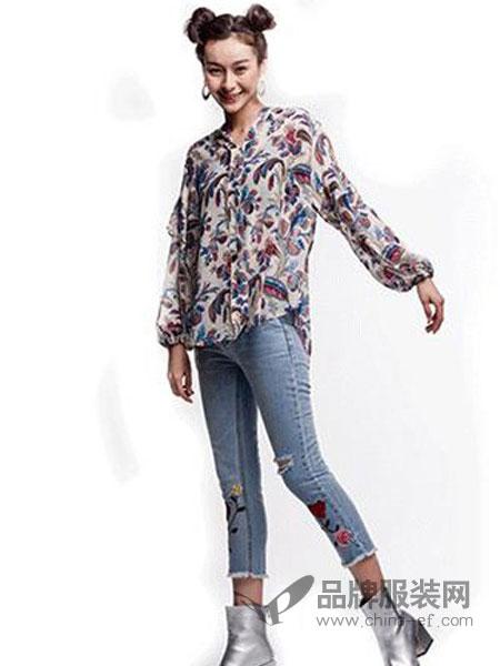 其余女装品牌2019春季新款宽松小翻领简约百搭长袖衬衫女潮