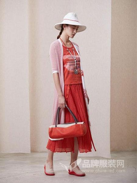 一城画一女装品牌2019春夏圆领薄款外套拼接假两件宽松披肩