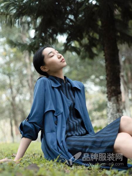 皑如女装品牌2019春夏新款显瘦宽松薄中长款风衣外套