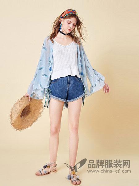 阿卡女装品牌2019春夏新款气质印花荷叶边长袖雪纺衫时尚甜美休闲