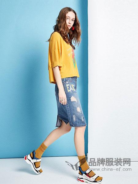 阿卡女装品牌2019春夏新款韩版学院风宽松百搭短袖打底衫t恤女内搭上衣潮