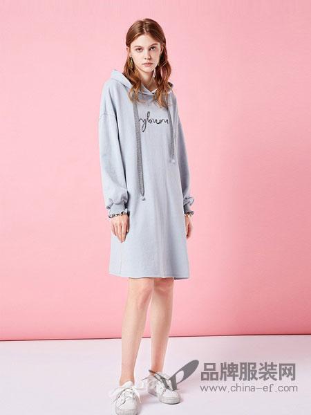 阿卡女装品牌2019春夏新款韩版长款卫衣裙宽松精致刺绣连帽卫衣