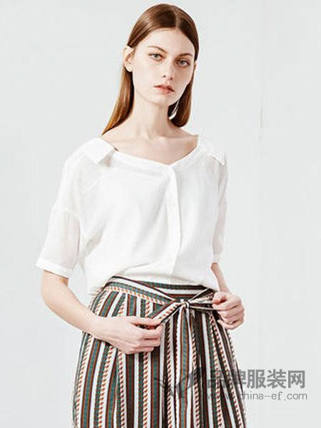 CC&DD女装品牌2019春夏新款时尚修身碎花圆领短袖连衣裙