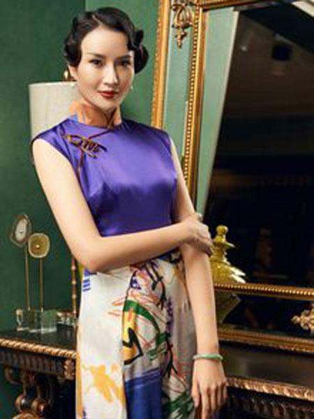 香黛宫女装品牌2019春夏新款修身优雅中长款旗袍