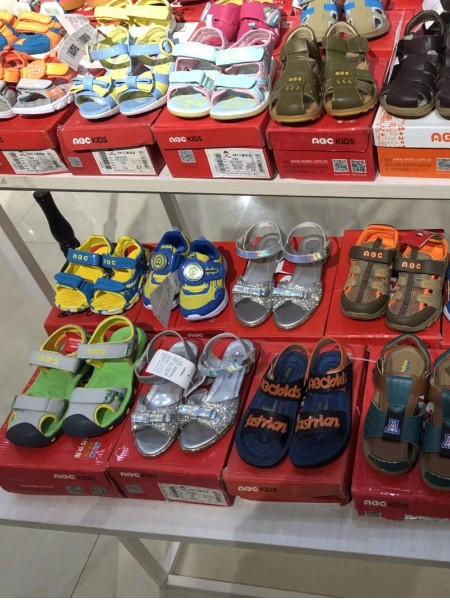 【ABC】运动休闲一线品牌童鞋折扣批发一手货源服装批发品牌2018夏季新品
