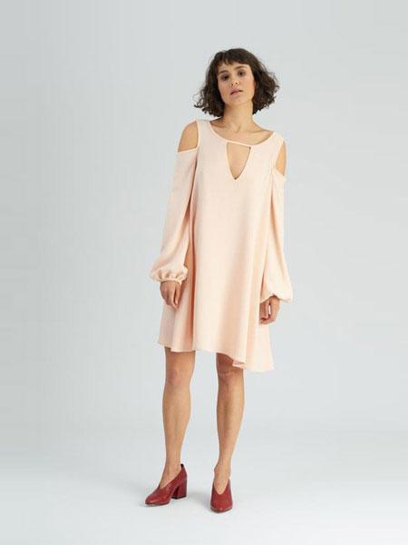 Dori Tomcsany女装品牌2019春夏新款时尚露肩高贵显瘦晚礼服连衣裙
