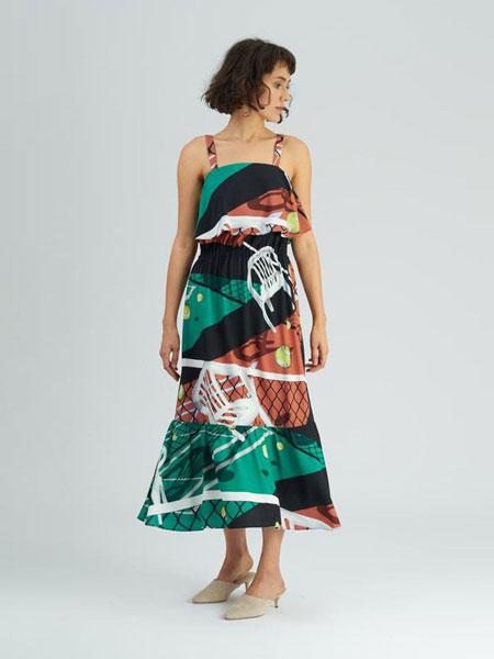 Dori Tomcsany女装品牌2019春夏新款吊带连衣裙淑女修身内搭大摆裙
