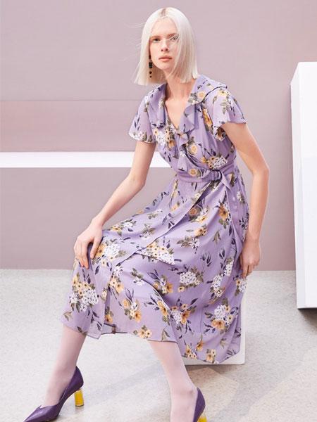 歌锦女装品牌2019春夏新款褶皱奶油裙仙女温柔短袖v领连衣裙