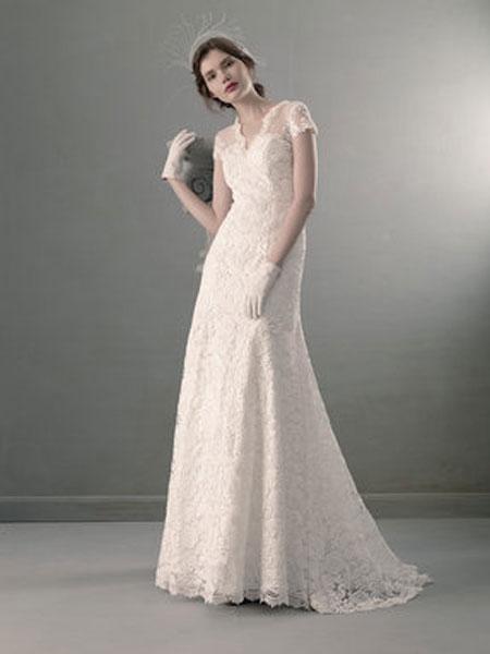 St.Pucchi婚纱/礼服品牌2019春夏简约蕾丝双肩A摆齐地婚纱大码修身显瘦