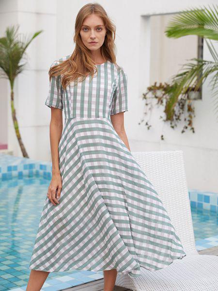 衣艾女装品牌2019春夏复古后背系带收腰短袖格子连衣裙