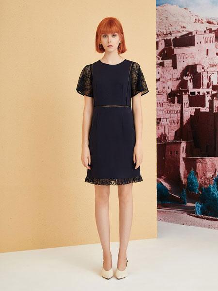 红凯贝尔女装品牌2019春夏新款韩版一字领修身中长款蕾丝连衣裙