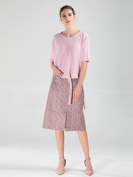 圣可尼女装品牌2019春夏新款通勤时尚复古淑女风知性纯色毛衫
