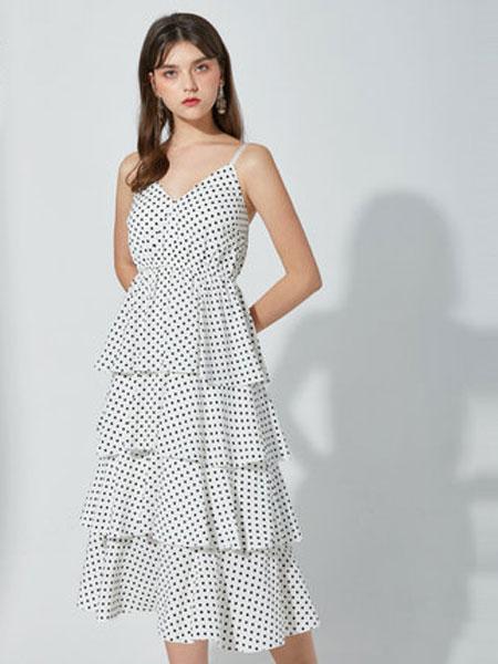 摩奥女装品牌2019春夏新款性感吊带波点收腰韩式蛋糕中长裙很仙的连衣裙