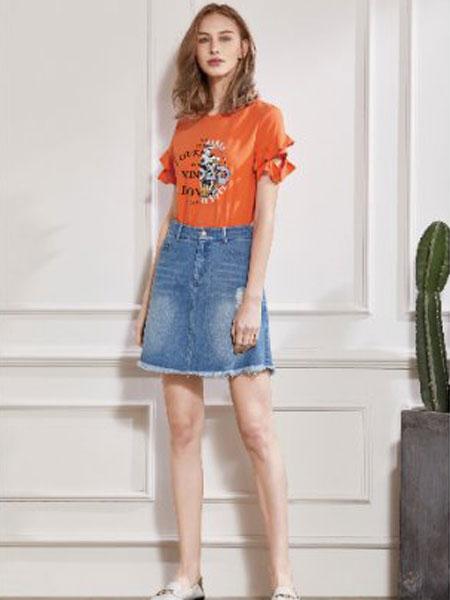 丝珂/奥克女装品牌2019春夏新款韩版宽松喇叭袖薄款上衣