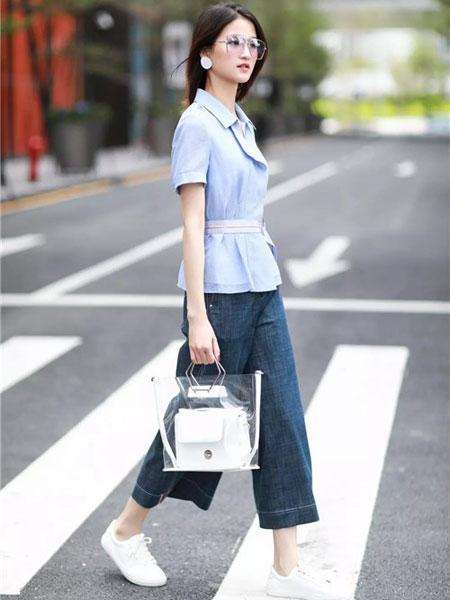 卡迪黛尔女装品牌2019春夏新款潮韩版宽松修身时尚短袖上衣