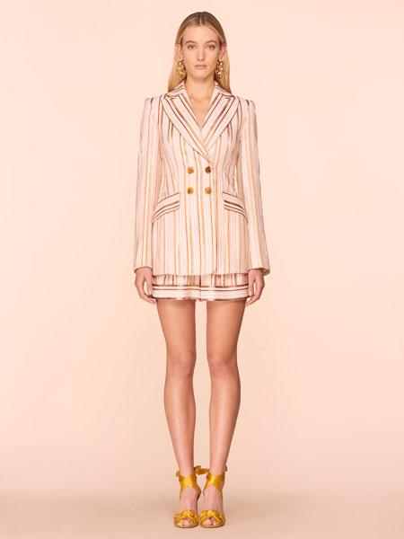 彼得·皮洛托女装品牌2019春夏新款条纹西装套裙