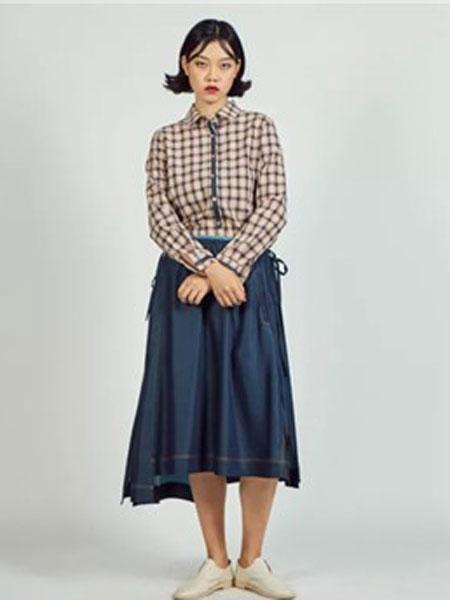 S-Echo女装品牌2019春夏新款韩版学生宽松木耳边立领上衣