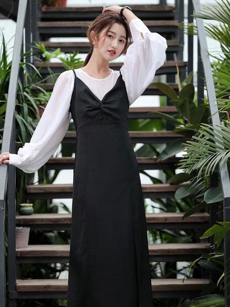木丝语:普通款也能穿得很时尚   看我百变大咖秀