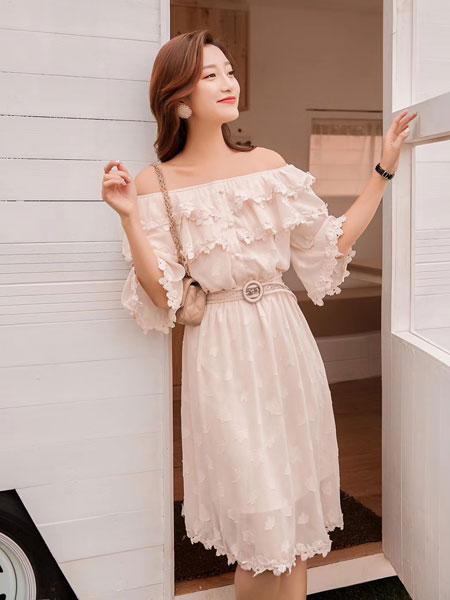 木丝语女装品牌2019春夏一字肩甜美可爱中长款绣花边裙