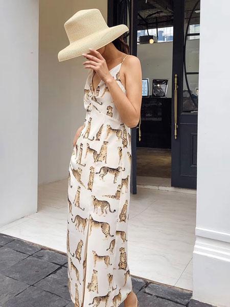 木丝语女装品牌2019春夏新款韩版潮流时尚修身显瘦雪纺连衣裙