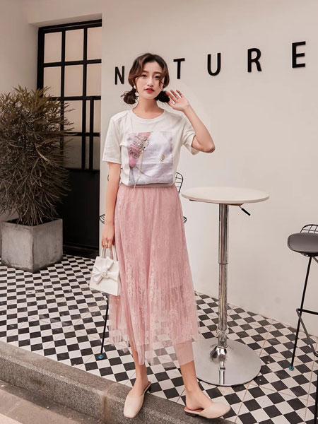 木丝语女装品牌2019春夏新款小清新甜美套裙