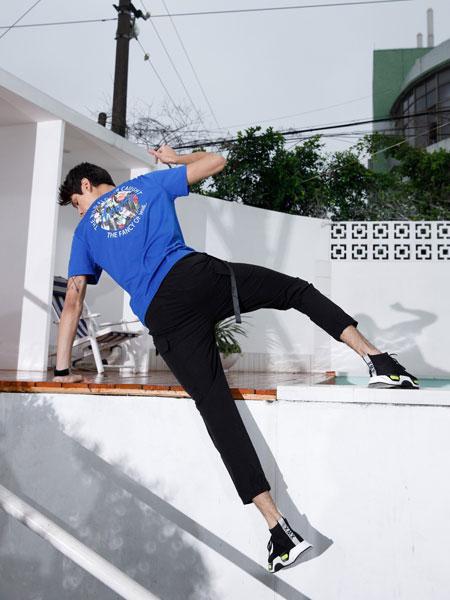 莎斯莱思男装品牌2019春夏潮宽松个性半袖嘻哈潮短袖
