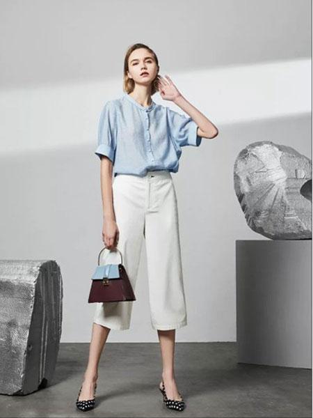 迪卡轩女装品牌2019春夏新款文艺宽松上衣
