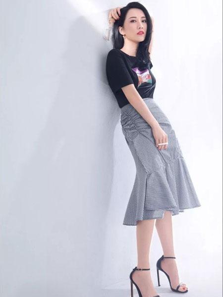 迪卡轩女装品牌2019春夏新款韩版高腰包臀裙