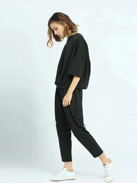 菡艳尔女装品牌2019春夏新款蝙蝠袖两件套装休闲时尚大码宽松